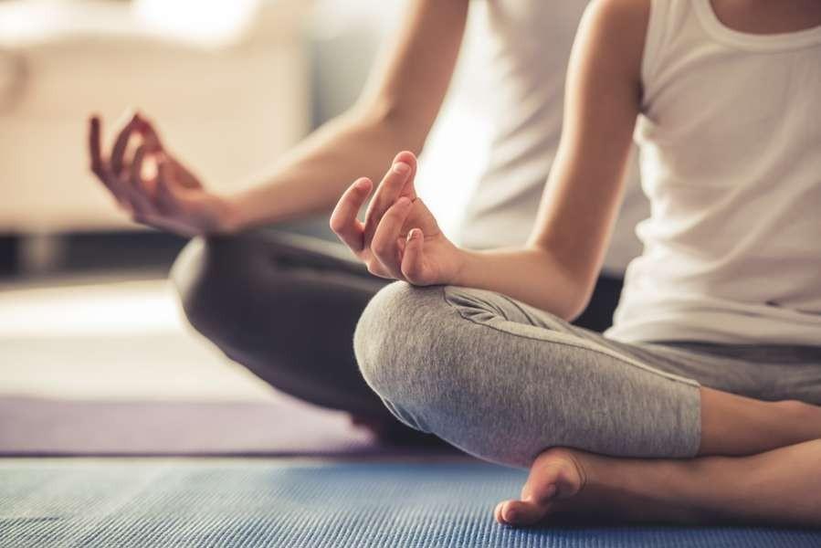 Les meilleurs super-aliments pour améliorer votre pratique du yoga