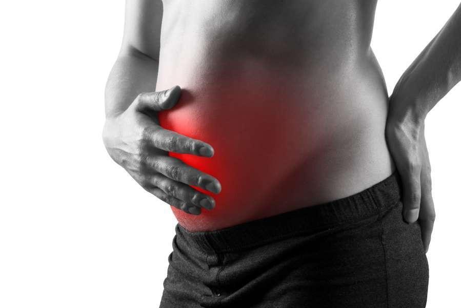 I cibi contro il gonfiore addominale: cosa mangiare per digerire bene