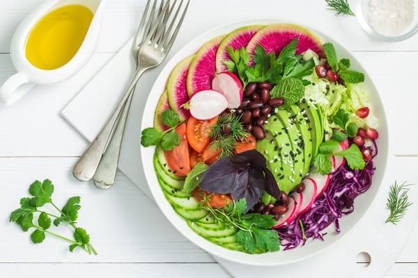 Alimentazione Viva: Hai Mai Pensato Di Mangiare Cibi Crudi?