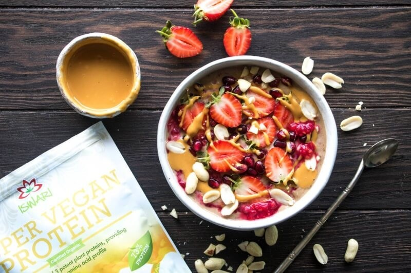 Protein Peanut Butter Smoothie Bowl