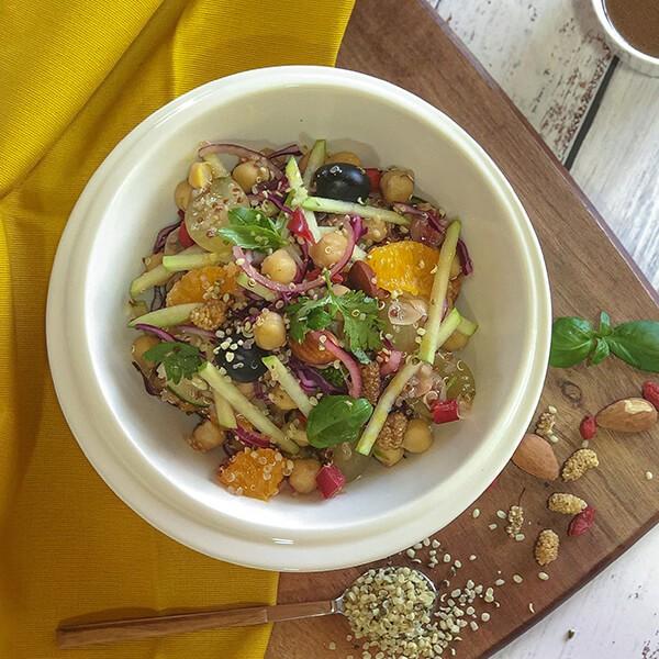 Salada De Grão Com Cenoura E Caril