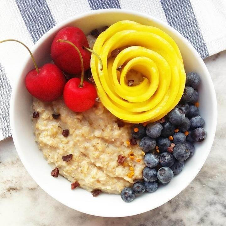 Oat Porridge With Lucuma