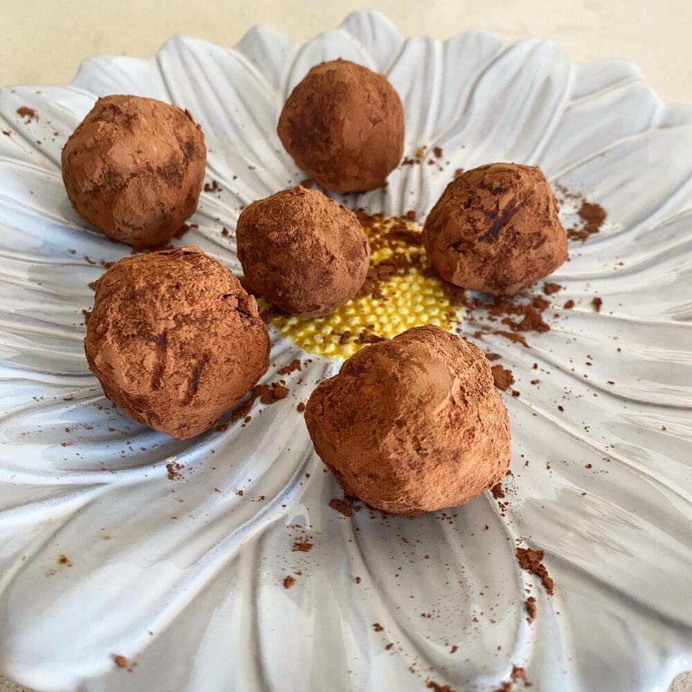 Bolinhas Energéticas de Chocolate e Frutos Secos