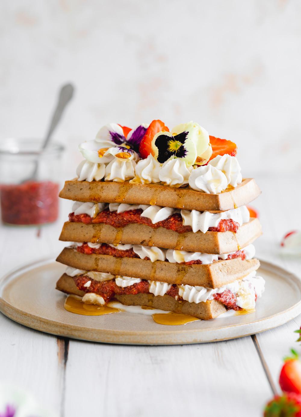 Waffles no Forno com Morangos