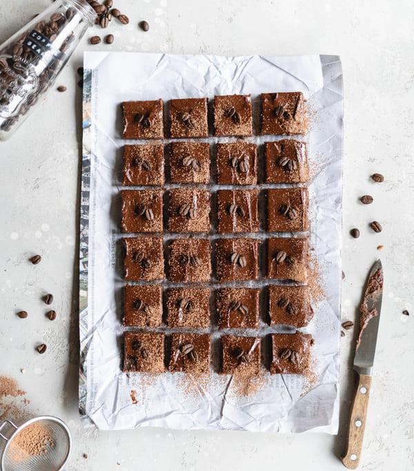 Brownie de Moca con Cobertura de Crema