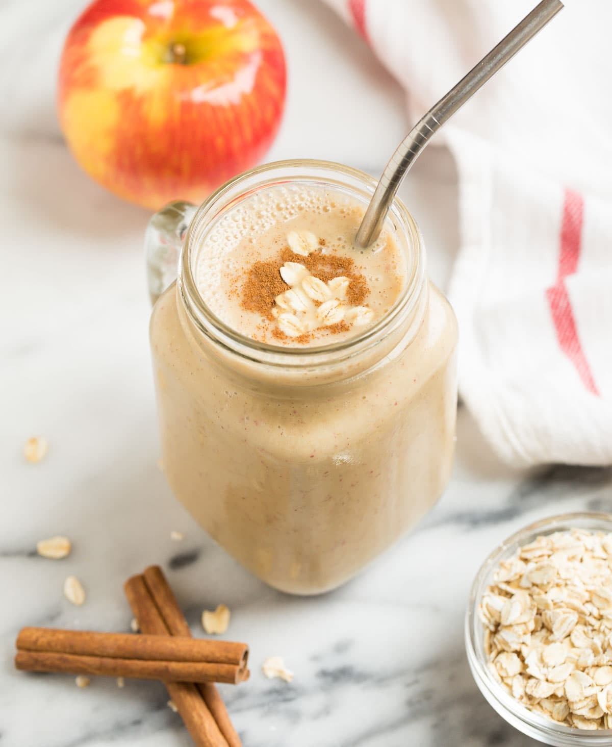 Smoothie Of Apple And Cinnamon