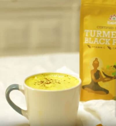 Golden Latte de Curcuma e Pimenta Preta