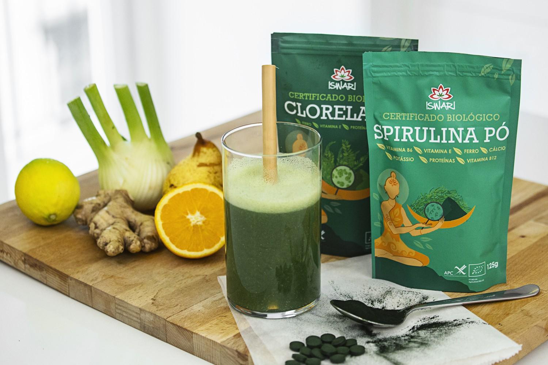 Smoothie Detox con Spirulina e Chlorella